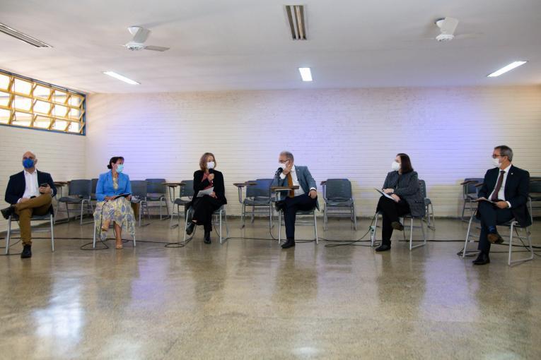 Agências da ONU pedem reabertura segura das escolas no Brasil