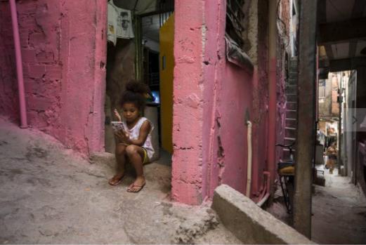 Estudantes mais pobres têm acesso menor a abertura de escolas na pandemia, mostra Datafolha