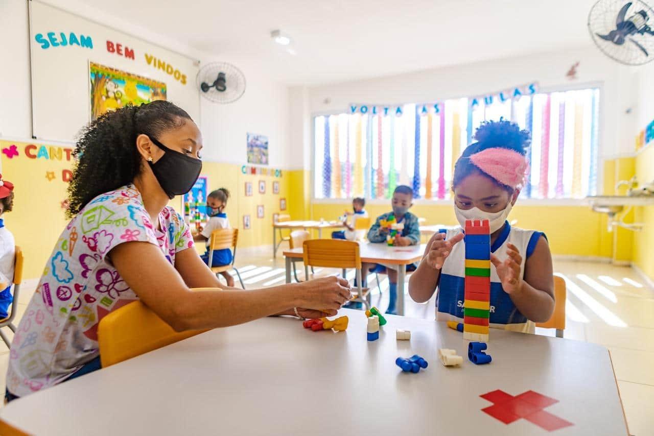 72% da rede municipal usa programa para buscar quem perdeu aula na pandemia